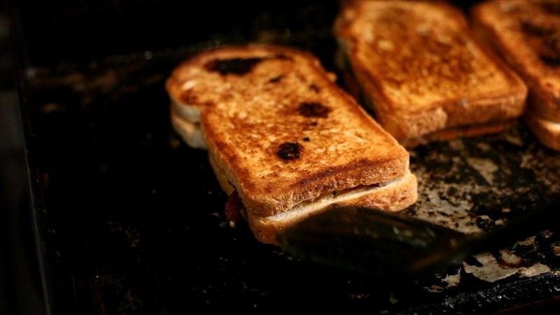 Toastface Grillah