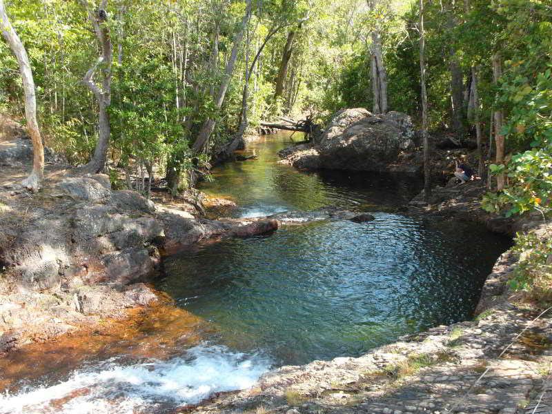 Trotz traumhafter Landschaften, wie diesem Naturbecken, zieht es immer weniger Touristen in den Naturpark