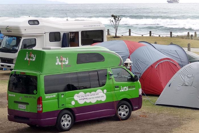 SEB-Camping-beach-700