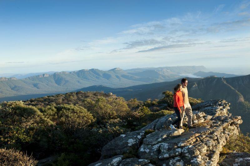 TVIC-grampians_peak_trail_mount_william_boronia_peak