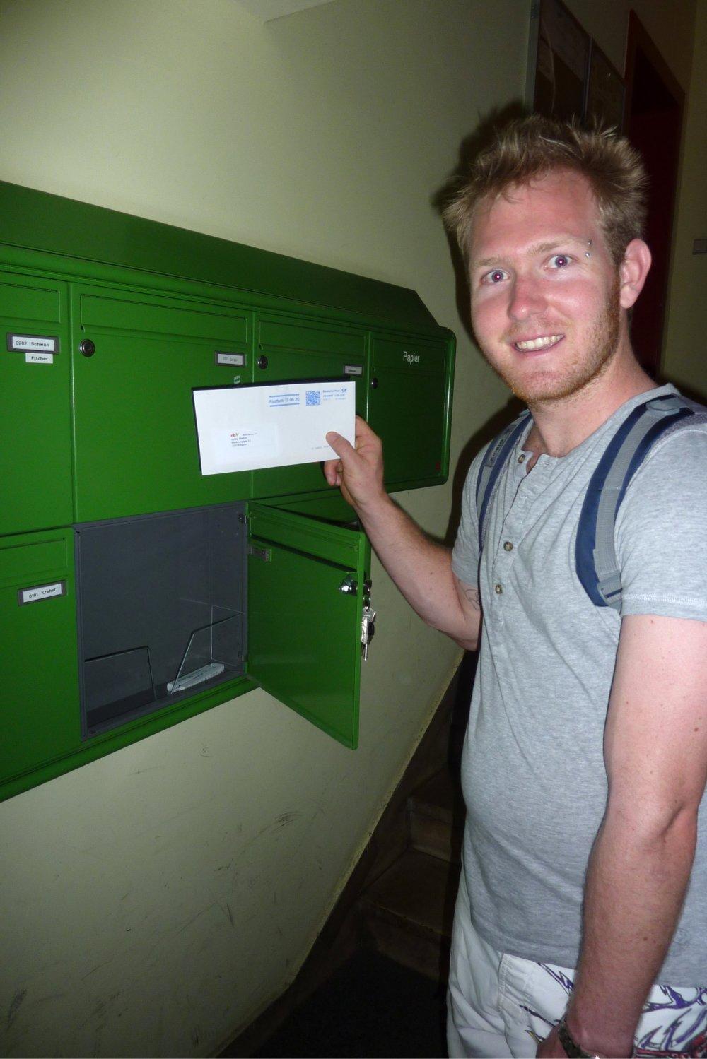 Erste Post im deutschen Briefkasten