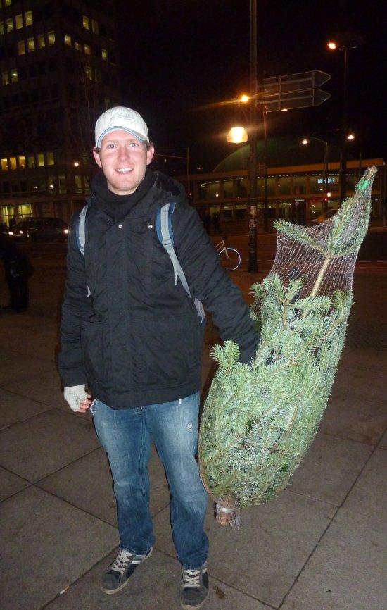 Der erste echte Weihnachtsbaum für den Australier